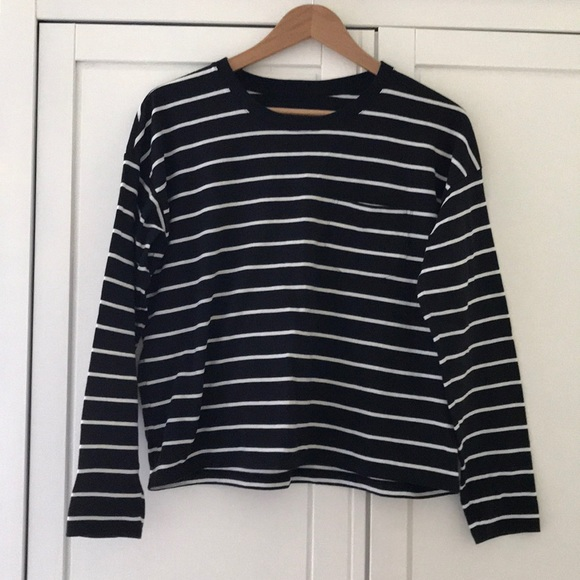 Everlane Tops - NWOT Everlane Long Sleeve Cotton Box-Cut Tee, S